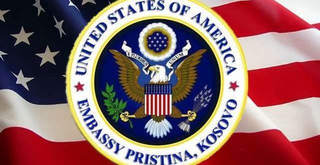 Ambasada amerikane: Ne festojmë së bashku me qytetarët e Kosovës në këtë 12-vjetor të Pavarësisë