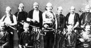 Azem Galica me luftëtarë