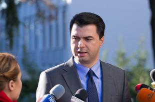 """Lulzim Basha, më në fund ka pranuar t'i """"dorëzohet"""" Prokurorisë së Tiranës"""