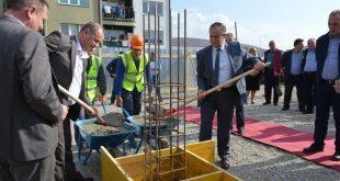 Në Malishevë është vënë gur themeli për ndërtimin e Qendrës së banimit Social
