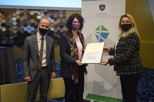 Me rastin e 20 vjetorit të themelimit të Agjencisë Kadastrale të Kosovës, shpërndahen mirënjohje për kontribuesit