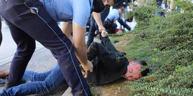 Faton Klinaku nuk tregoi pse dje veteranët nuk ishin në protestë para aktivistëve të PSD-së, ose së bashku me ta
