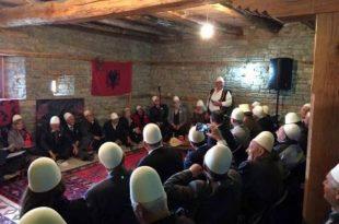 """Në Kullën e Ahmet Delisë në Prekaz sot shënohet Manifestimi """"Dita e Plisit"""", edicioni i VI-të"""