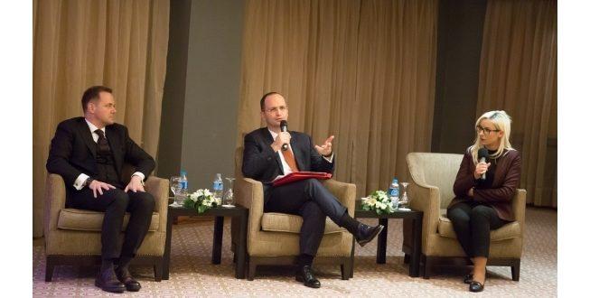 Ministri i Jashtëm i Shqipërisë, Ditmir Bushati ka filluar vizitën e tij zyrtare në Turqi
