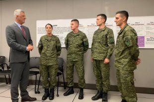 Kryetari Thaçi gjatë vizitës në SHBA takon pjesëtarët e FSK-së që po trajnohen në Gardën Kombëtare të Iowa-s