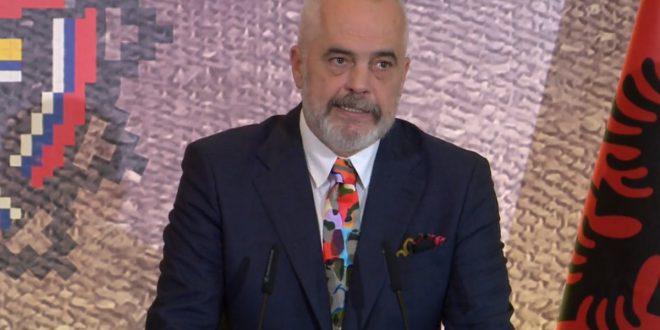 Edi Rama: Është nder dhe detyrë t'u gjejmë strehë afganëve pas rënies se Kabulit në duart e talebanëve
