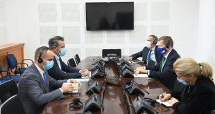 Tomáš Szunyog kërkon nga LDK zbatimin e reformave dhe bashkëpunim me partnerët e koalicionit dhe opozitën