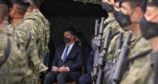 Lutfi Haziri propozon që Regjimenti i Parë i Forcave Tokësore në Gjilan të zhvendoset në Mitrovicë