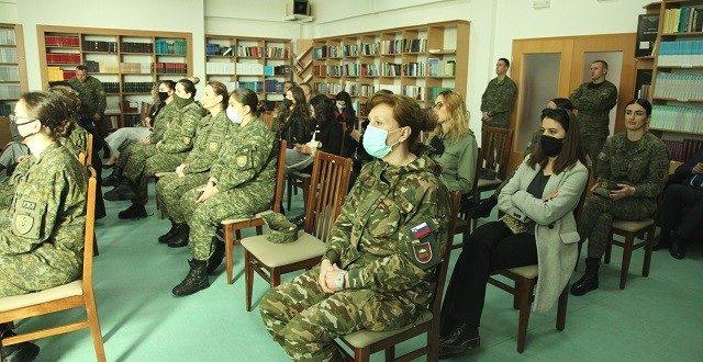"""FSK: Në shënim të 8 Marsit u mbajt Konferenca: """"Roli i gruas në institucionet e sigurisë"""""""