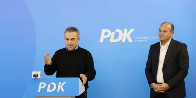 Kryetari aktual i PDK-së, Enver Hoxhaj ka prezantuar aderimin e Faton Abdullahut në parti