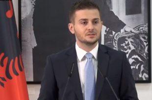 Dinjitetin e shqiptarëve s'mund ta cenojë askush nga autoritetet serbe, ka thënë ministri i Jashtëm i Shqipërisë Gent Cakaj