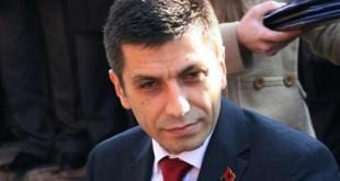 Izet Mexhiti: Nëse në Shkup vendosen simbole kafshësh të egra luanë edhe dema, pse të mos ketë shqiponja
