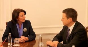 Bashkimi Evropian ka shprehur mirënjohje dhe ka lavdëruar bashkëpunimin me kryetaren Jahjaga