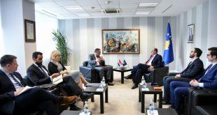 Hoxhaj ka takuar një delegacion nga Kroacia të udhëhequr nga ndihmësministri i Jashtëm, Miroslav Papa