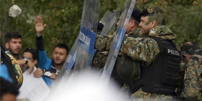 Greqia kërkon vendosjen e gjendjes së jashtëzakonshme në kufi me Maqedoninë