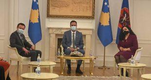 Treshja pushtetare, qeveritare: Kurti, Konjufca, Osmani, nuk garantojnë mbrojtjen në liri të krerëve të UÇK-së
