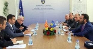 Ministri i Zhvillimit Ekonomik, Blerand Stavileci priti në takimin ministrin e Ekonomisë të Maqedonisë, Driton Kuçi