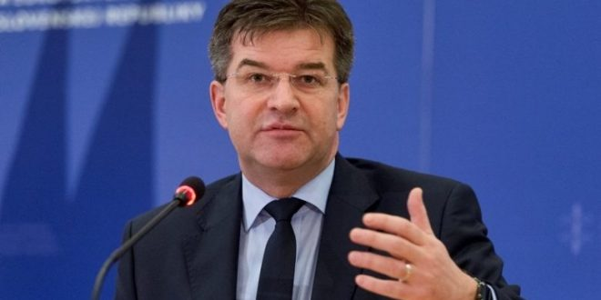 Mirosllav Lajçak në emër të BE-së paralajmëron përshkallëzimin në terren, njëjtë sikur kryetari i Serbisë, Aleksander Vuçiq