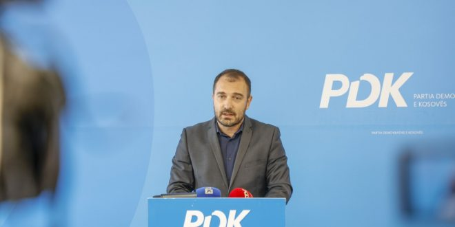 PDK: Ministria e Arsimit po e humbë edhe një vit shkollor në këtë periudhë tragjike, pa asnjë plan të mirëfilltë për mësim online