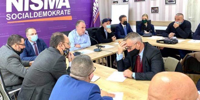 Përkundër që nuk është ftuar nga kryetarja Osmani në takim, Nisma shprehet kundër idesë së shtyrjes së zgjedhjeve