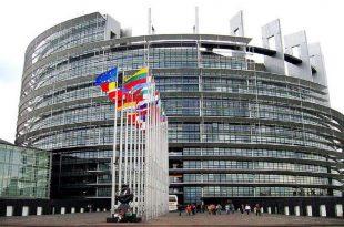 Eurodeputeti, Lukas Mandl kërkon nga vendet anëtare të BE-së që urgjentisht të hiqen vizat për Kosovën