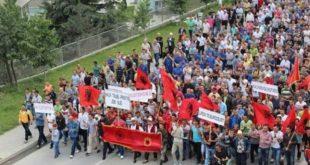 Marsh protestues Shkup