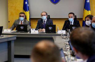 """Më moton """"Ti nuk më përfaqëson"""" ka filluar në peticion online për shkarkimin e Driton Selmanajt"""