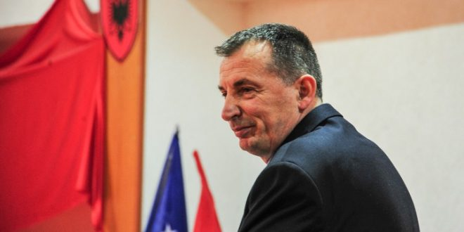 Ish-deputeti i AAK-së, Rasim Selmanaj jep dorëheqje nga të gjitha funksionet në strukturat e kësaj partie