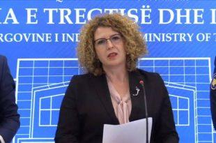 Ministrja Hajdari: Mentor Hyseni e Artan Dërmaku janë njerëz që ju beson Qeveria dhe nuk vjedhin