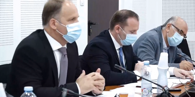 Ministri Zemaj: Nga java tjetër do të rriten kapacitetet për të kryer teste për Covid-19