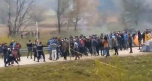 Ermin Kariq: Emigrantë nga Pakistani, Afganistani dhe Bangladeshi, ngrijnë në malet e Bosnjës nëpër tenda najloni
