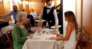 Italia e bën të detyrueshme certifikatën shëndetësore COVID-19