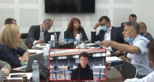 Babai i Agon Musliut në Komisionin për Hetimor për Pandeminë e akuzon Vetëvendosjen për vdekjen e djalit të tij