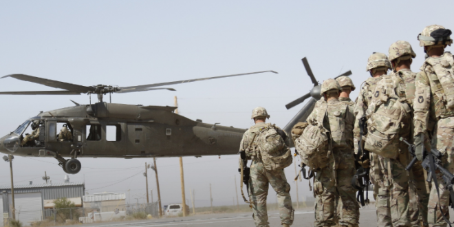 Dhjetëra ushtarë të rinj amerikanë nisen për në Kosovë pas përfundimit me sukses të trajnimit Iowa