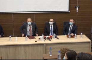 Kryeministri Avdulah Hoti thotë së jemi në fund të pandemisë dhe shumë shpejt do të sjellet vaksina në Kosovë
