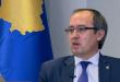 Kryeministri Hoti e përkujton masakrën e Serbenicës, thotë populli i Kosovës e ka përjetuar vetë gjenocidin serb