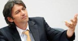 Kryetari i Aleancës për shqiptarët, kandidat për kryetar të Strugës, Ziadin Sela, mbetet pjesë e koalicionit qeveritar