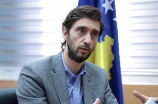 Uran Ismajli: Kur Vetëvendosje t'i bëjnë 40 vota për rrëzimin e qeverisë bashkë me Vjosa Osmanin, PDK do ta përkrah atë