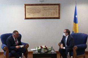 Kryetari i Deçanit, Bashkim Ramosaj, ka biseduar kryeministrin, Avdullah Hoti, lidhur me rrugës Deçan-Plavë