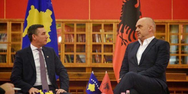 Kryeministri i Shqipërisë, Edi Rama solidarizohet me Kadri Veselin, i ftuar për hetime nga Gjykata Speciale