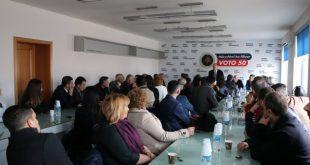 Shkumbin Demaliaj: AAK ende nuk kanë marrë një vendim mbështetjen kandidaturës për kryetare të Vjosa Osmanit
