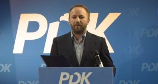 Abelard Tahiri: Kryeministri Kurti në vend që të merret me pandeminë dhe ekonominë e rrënuar, ai ka izoluar Kosovën