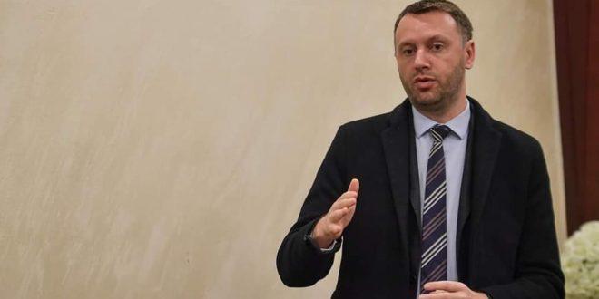 Arban Abrashi: LDK-ja synon që të ruajë votat që ka pasur në zgjedhjet e kaluara dhe mund të dalë edhe partia e parë