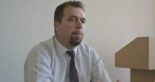 Afrim Hoti jep dorëheqje nga pozita e Prorektorit në Universitetin e Prishtinës