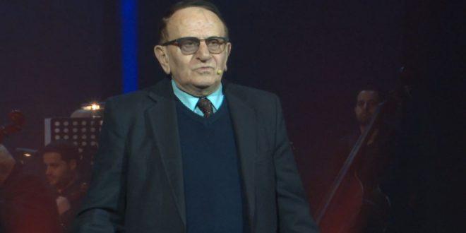 """Albert Z. Zholi: Flet """"Nderi i Kombit"""" Agim Krajka: Amerika më dha shumë mundësi, por tani Amerikë për mua është vetëm Shqipëria"""