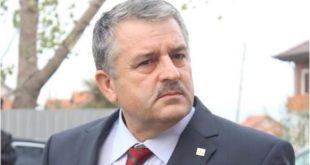 Nënkryetari i LDK-së, Agim Veliu ka thënë se nuk do të heqin dorë në asnjë variant nga posti i kryeparlamentarit