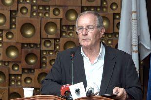 Ahmet Qeriqi: Studime etimologjike të disa antroponimeve e patronimeve të njohura