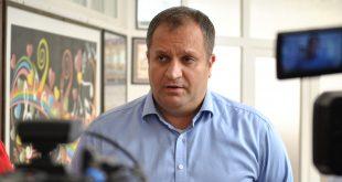Ahmeti: Qeveria të formulojë strategji për shfrytëzimin e hapësirave tjera në tërë vend për hospitalizim