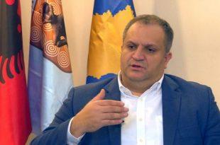 Ahmeti: Qeveria e Kosovës deri më sot i ka të mbledhura në banka qendrore nga ATK-ja dhe Doganat, e të pashpenzuara