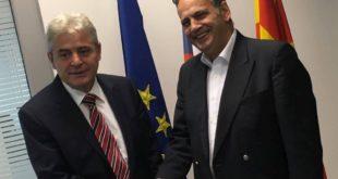 Ali Ahmeti ka biseduar me Euro-eputetin, Knut Flenkeshtajn